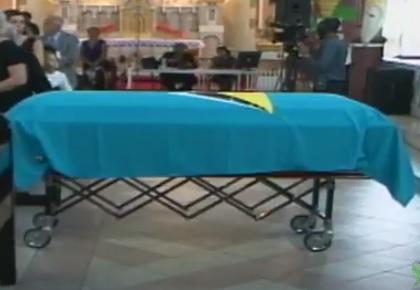 Derek funeral 3